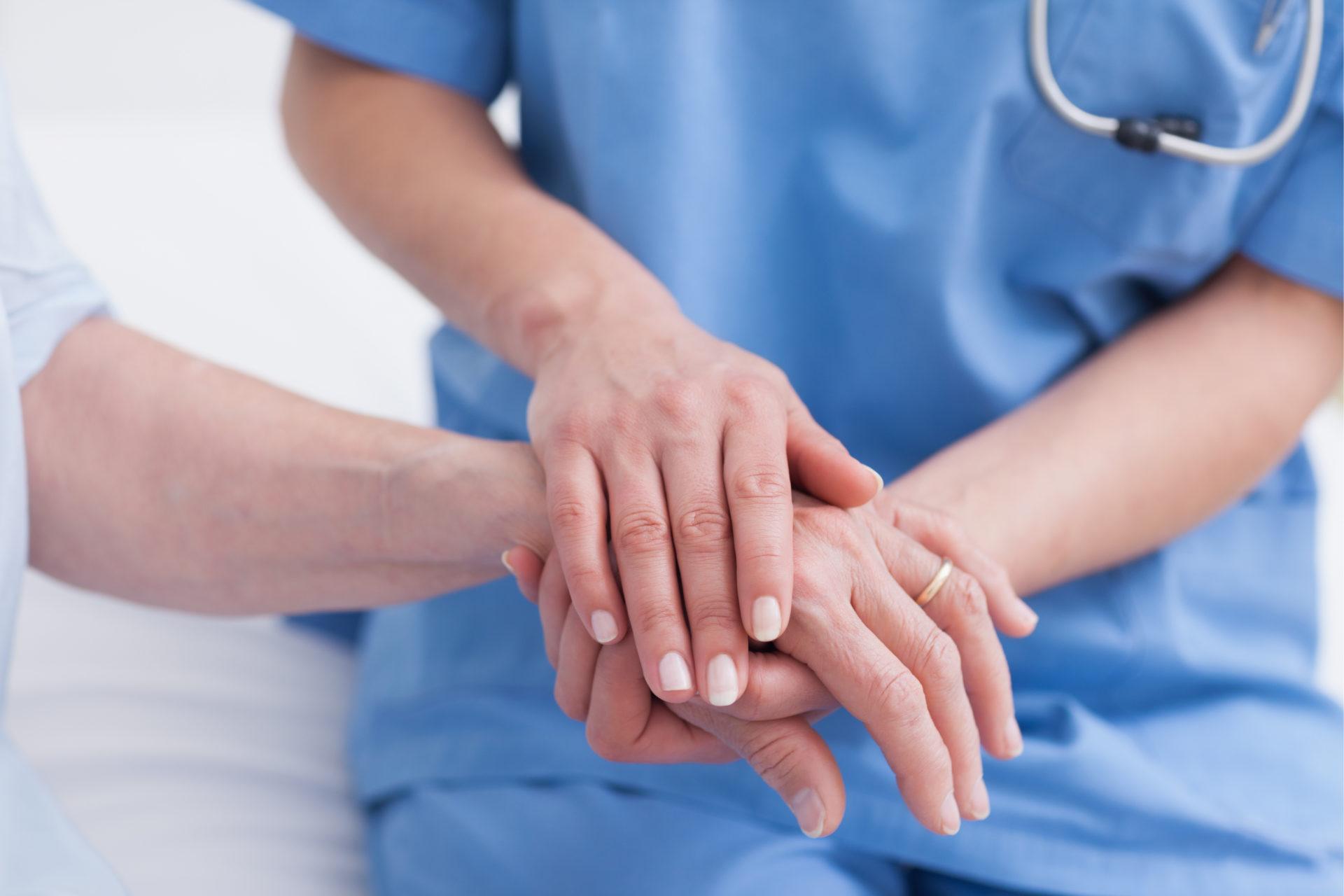 外国人介護士の受け入れ制度と注意点【2021年度版】